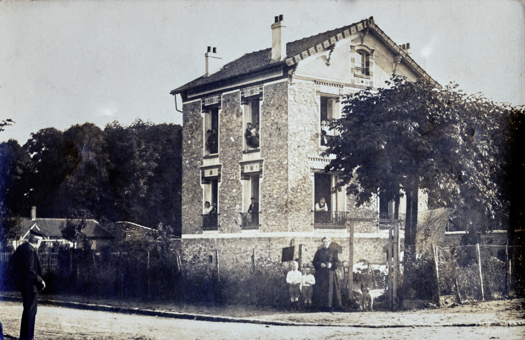 House of 1903